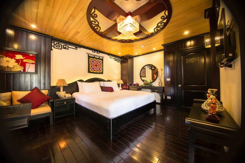 Halong-Bay-Luxury-Cruise-Cabin-Dragon-Legend_6_2017_03