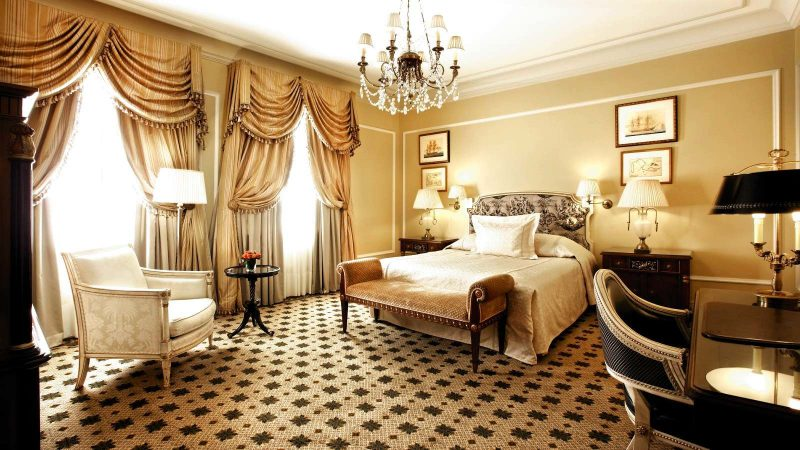 Hotel_Grande_Bretagne_Junior_Suite